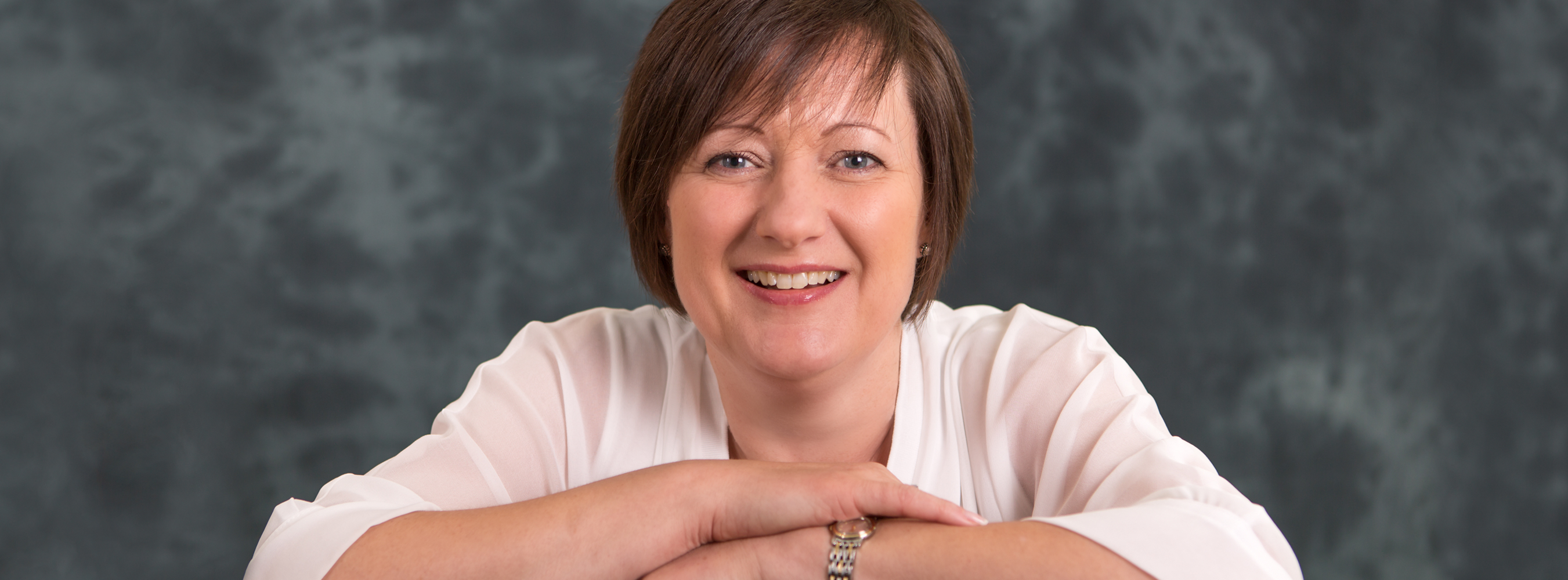 Helen Holgate providing business support to executive, entrepreneurs and business owners